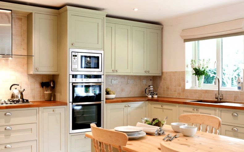Refurbishing Kitchen Cabinets With A Fresh Coat Of Paint